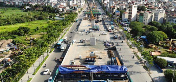 """Những chiếc """"bẫy"""" trên tuyến đường 3.000 tỷ ở Hà Nội"""