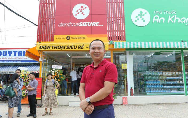 Mới khai trương, cửa hàng Điện Thoại Siêu Rẻ đã đạt doanh thu 12-15 triệu/ngày