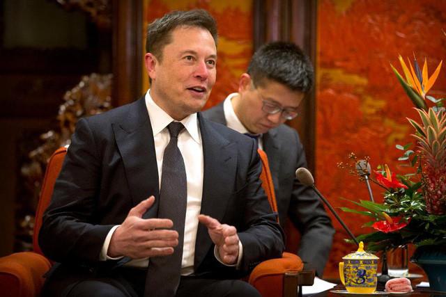 Lãnh đạo kiểu Jeff Bezos hay Elon Musk? - Ảnh 1.