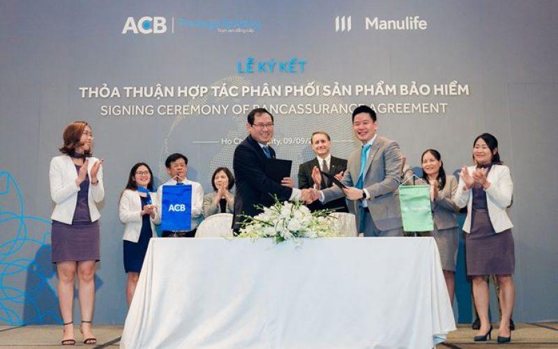 Manulife Việt Nam hợp tác phân phối bảo hiểm qua ngân hàng với ACB