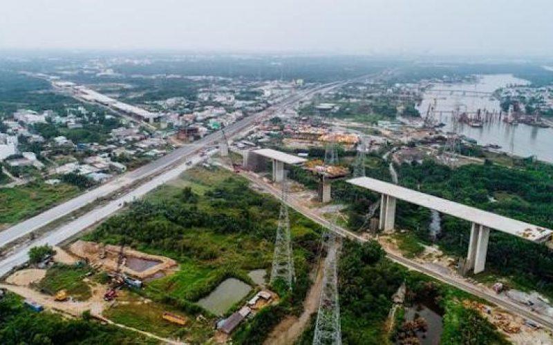 Thủ tướng yêu cầu báo cáo vướng mắc tại các dự án trọng điểm