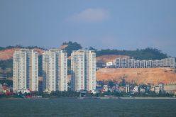 Quảng Ninh cân nhắc dừng phát triển dự án nhà ở mới