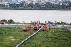 Đường ống 'khủng' dài 370 m vượt sông Hàn
