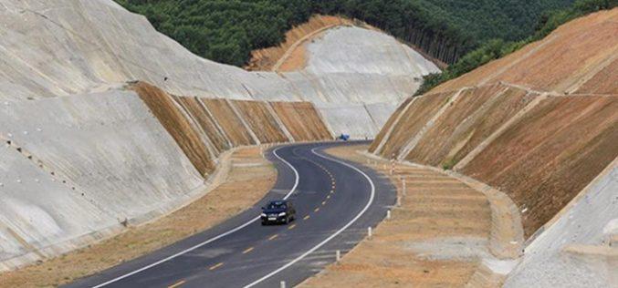 """Thủ tướng yêu cầu xử lý cảnh báo """"sân trước sân sau"""" với Dự án cao tốc Bắc – Nam"""