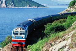 Phó Thủ tướng yêu cầu lấy ý kiến việc giao hạ tầng đường sắt, hàng không