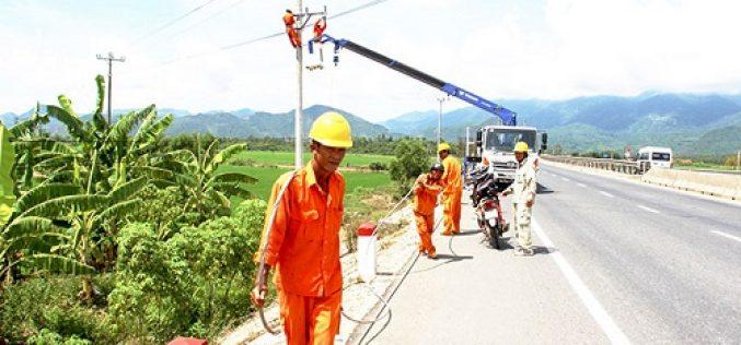 Đầu tư hơn 700 tỷ đồng cấp điện cho nông thôn Bình Thuận