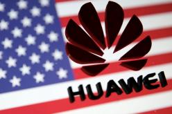 Tổng thống Trump ký luật cấm nhà mạng dùng thiết bị Huawei