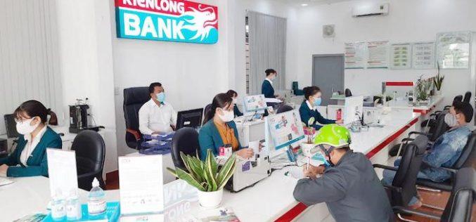 Kienlongbank giảm lãi suất cho vay 3%/năm cho khách hàng bị ảnh hưởng bởi hạn mặn