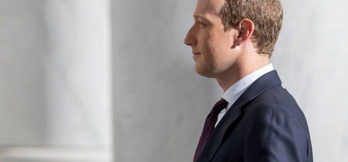 Facebook vừa công khai bỏ mặc người dùng