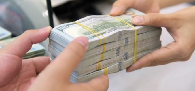 """""""Nhân bánh to hơn"""", các ngân hàng thắng lớn với kinh doanh ngoại hối"""