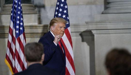 Hạ viện Mỹ thống nhất luận tội Tổng thống Donald Trump