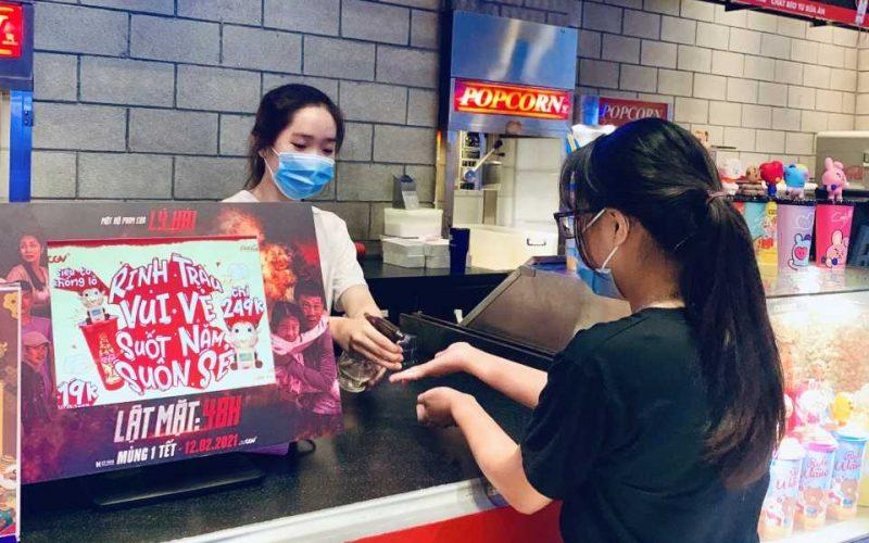 Rạp chiếu phim tăng cường phòng dịch, nhiều phim hấp dẫn phục vụ khán giả dịp Tết