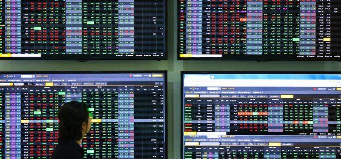 Phiên 24/2: Bên cạnh khối ngoại, tự doanh cũng bán ra nhiều cổ phiếu lớn