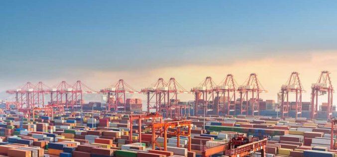 """Đồng nhân dân tệ quá cao đang """"thổi bay"""" lợi nhuận của nhiều doanh nghiệp xuất khẩu Trung Quốc"""