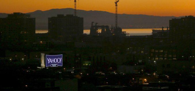 """Nếu chọn bán mình, Facebook có thể đã """"chết"""" cùng Yahoo"""