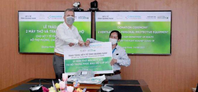 Khu nghỉ dưỡng phức hợp Hoiana tài trợ 2 máy thở và đồ bảo hộ cá nhân cho tỉnh Quảng Nam chống dịch